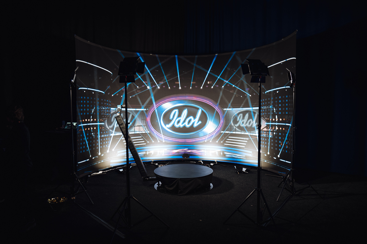 Stage creates stage for Swedish Idol - Maxibit - English